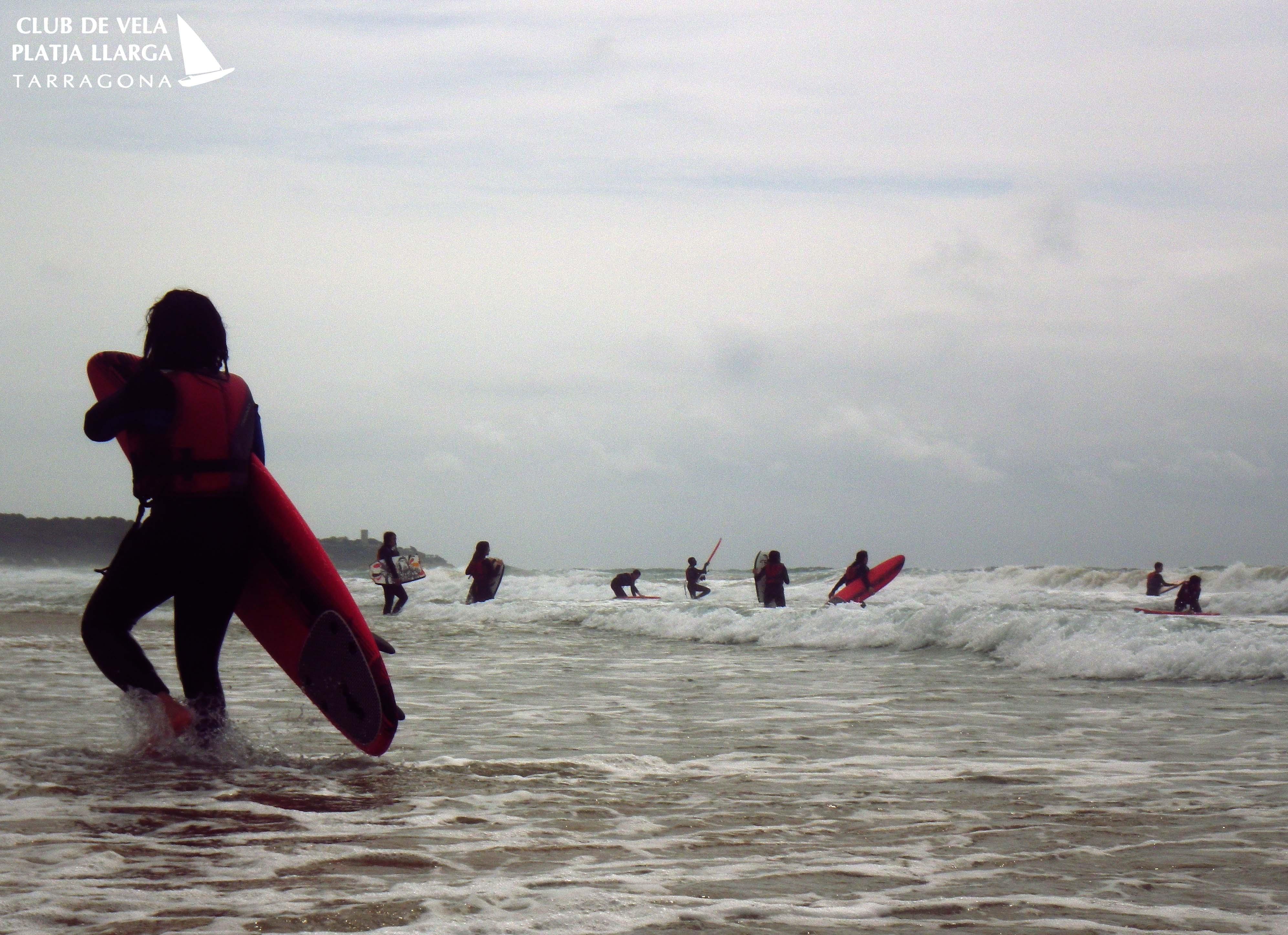 surf tarragona surfraiders